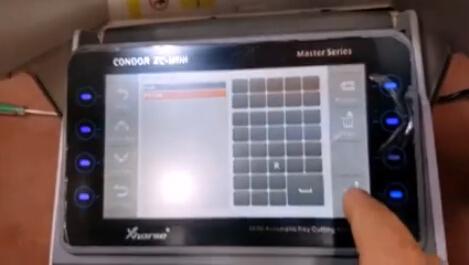 コンドルXCミニカットフォード-キー4