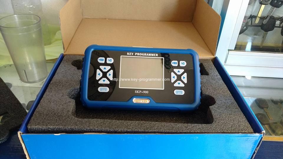 skp900-in-box