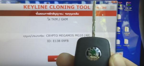 program skoda superb 48 chip key by keyline 884 mini